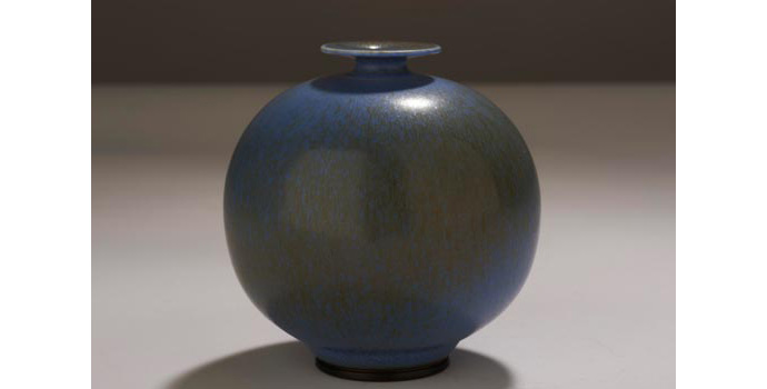 CR103 IACI.2002.223 Triberg Vase Small vase, white clay, over glazed in green-brown and light cobalt blue. The top is finished in a plate form. (Inscribed on base, Triberg, G). 7.7 x 7.6 x 7.6 cms Sweden Ceramic