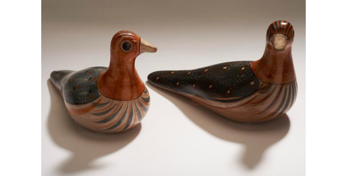DA32A&B IACI.2002.300 YD 97 Unknown Doves (pair) Mexico 9.4 x 17.2 x 6.8 cms Ceramic