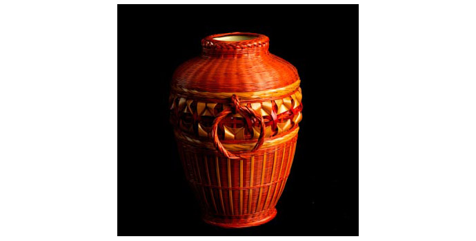 Basket, Taiwan - Lacquer Red and bamboo colour - 2002.324/B6